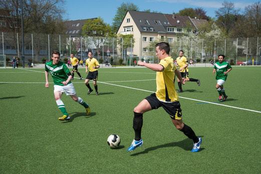 TuS Zweite Mannschaft im Spiel gegen SG Schönebeck 3 (Foto: r.f.).