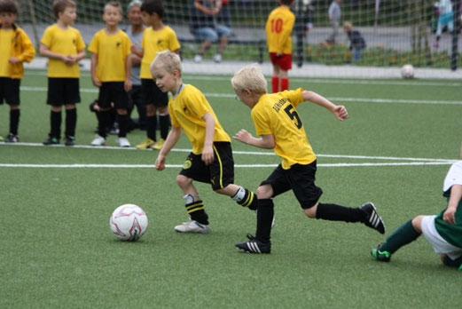 Bambini 1 Treff: TuS Holsterhausen - FC Stoppenberg (Foto: p.d.).