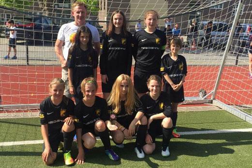 TuS U13-Juniorinnen Turniersiegerinnen am Fibelweg. - Foto: meloh.