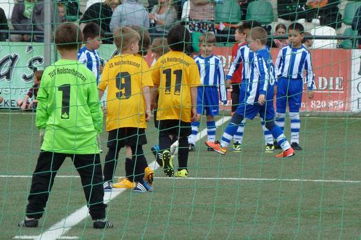 TuS Bambini 2 im Spiel gegen FC Saloniki EFV. - Foto: mal.