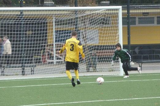 Das 3:0 der C-Jugend durch Till Gruhs nach glänzender Vorarbeit von René Allgut, Endstand: 22:0 (Foto: nal).