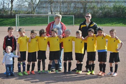TuS F2-Jugend im März 2014. - (Foto: a.k.)