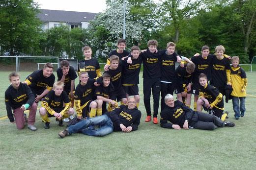 TuS C-Jugend Saison 2012/13: Kreisklassenmeister und Aufsteiger in die Leistungsklasse (Foto: ble).