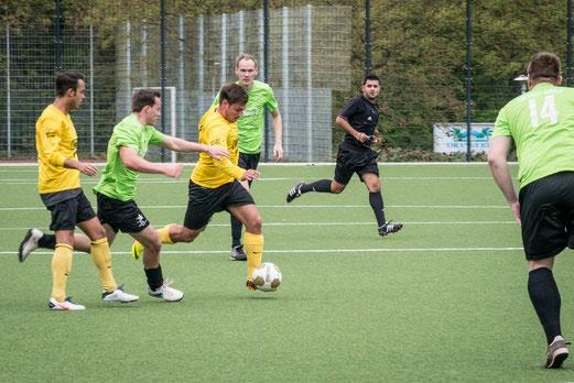 Klarer Heimsieg: Erste Mannschaft beim 5:0 Erfolg gegen DJK Eintracht Borbeck. - (Foto: r.f.)
