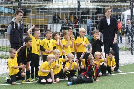 TuS F2-Jugend im Juni 2013 (Foto: p.d.).