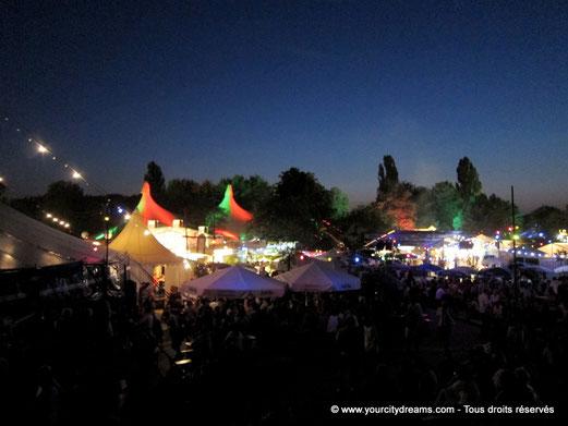 Tourisme à Munich - le festival de Tollwood, l´été