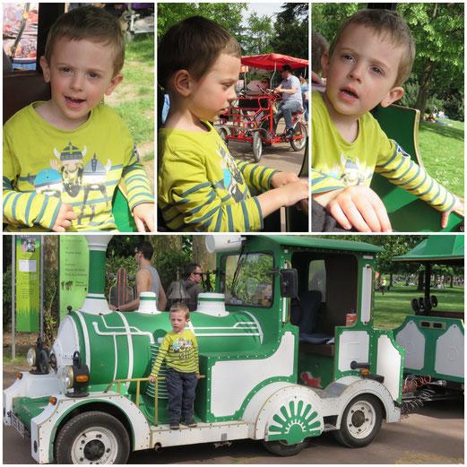 Un tour du parc en petit train... LE cadeau de Tata Delphine <3