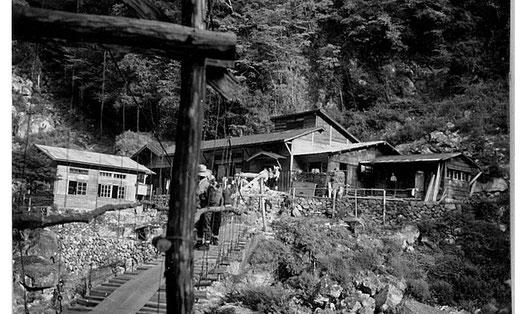 50年前の桃の木山の家