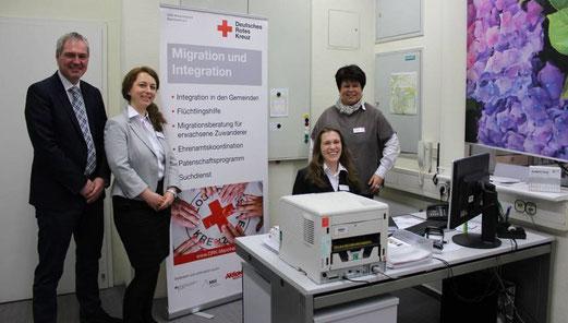 Im Integrationsbüro in Ilvesheim (v.l): Bürgermeister Andreas Metz, Natascha Pfau, Katharina Schütt und Christiane Springer. © Neumann