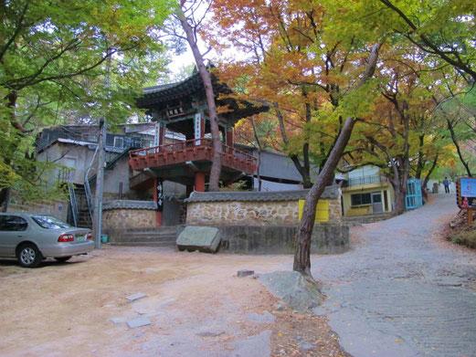 登山口の佛光寺