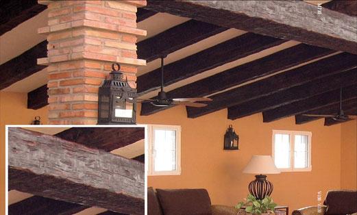 Balkendecke mit Holzbalken-Imitat M-710 V-130
