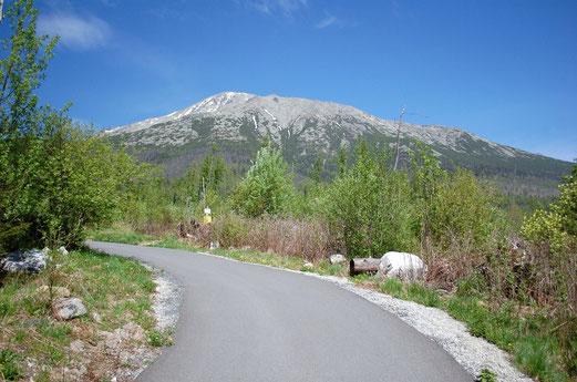 Strasse durch die Hohe Tatra