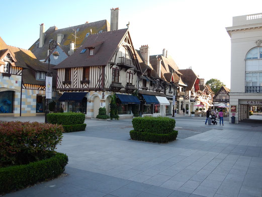 Fachwerk bestimmt in Deauville das Straßenbild.