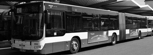 Consulter un plan du réseau des bus parisiens.