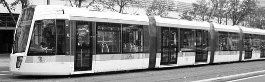 Consulter un plan du réseau des tramways parisiens.