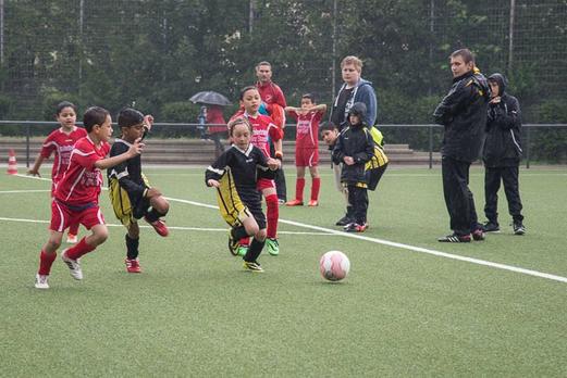 """TuS F2-Jugend """"B"""" im Spiel gegen TuSEM F2 (0:4). - (Foto: r.f.)."""