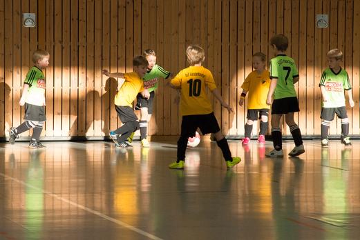 Drei Siege, eine Niederlage: TuS Bambini 1 bei der Hallenwinterrunde. - Fotos: r.f.