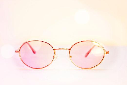 Durch die rosarote Brille sehen, Organsprache