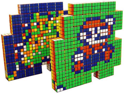 Super Mario représenté en assemblage de Rubik's Cubes.
