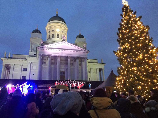 Eröffnung des Weihnachtsmarktes auf dem Senaatintori in Helsinki