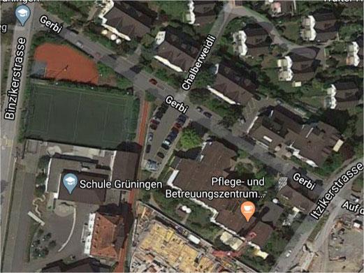Von 7.00 - 20.00 Uhr gesperrt: Gerbistrasse in Grüningen. Bild: Google Earth