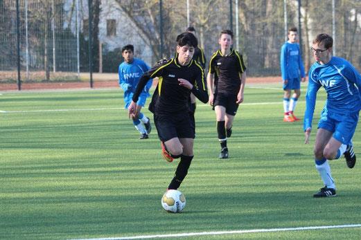 TuS B2-Jugend im Testspiel gegen DJK Blau-Weiß Mintard. - Foto: abo.