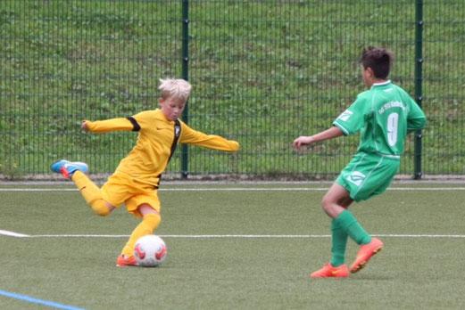 TuS D2-Jugend im Testspiel bei TuS Wiescherhöfen. - Fotos: p.d.