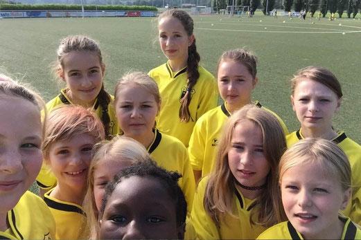 TuS U13 Mädchen in Mintard. - Foto: cbra.