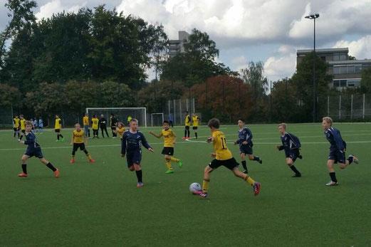 TuS E1-Jugend im Heimspiel gegen die E2 von DJK SG Altenessen. - Foto: m.d.