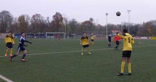 TuS B1-Jugend im Auswärtsspiel an der Kuhlhoffstraße. - Foto: mal.