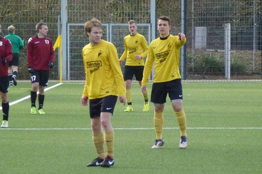 Niederlage gegen klassenhöhere Haarzopfer: TuS 2. Mannschaft an der Pelmanstraße. - Foto: mal.