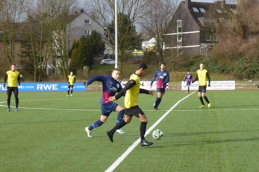 Nach guter Anfangsphase am Ende deutlich unterlegen: A-Jugend beim Auswärtsspiel in Schönebeck. - Foto: mal.