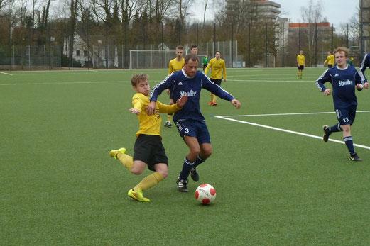 Zweite Mannschaft im Heimspiel gegen RuWa Dellwig 2. - Foto: mal.
