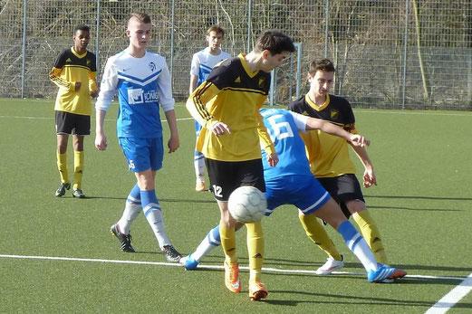 TuS B1-Jugend im Auswärtsspiel in Frohnhausen. - Foto: mal.