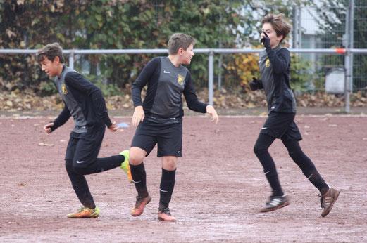 TuS D1-Jugend im Auswärtsspiel bei Tgd. Essen-West. - Fotos: pad.