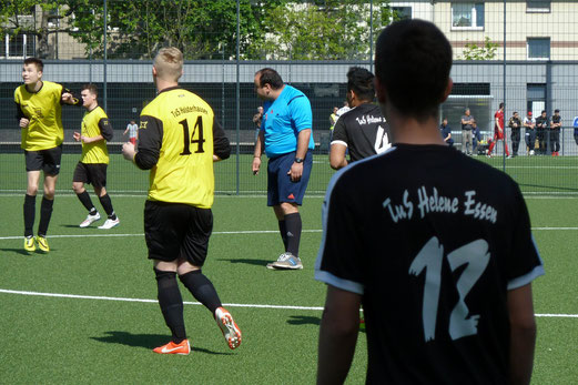 TuS A-Jugend im Auswärtsspiel bei TuS Helene. - Fotos: mal.