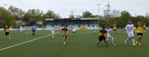 Verdienter Auswärtssieg: Mit 4:2 gewann die B1-Jugend am Schetters Busch in Schonnebeck. - Foto: mal.
