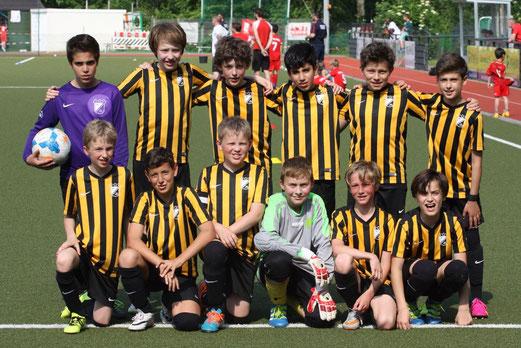 TuS D2-Jugend beim Turnier des TuSEM am Fibelweg. - Fotos: p.d.