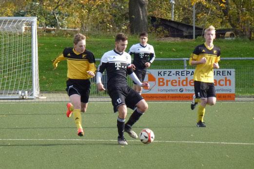 Knapp mit 0:1 verlor die B1-Jugend ihr Auswärtsspiel beim ESC Preußen. - Foto: mal.