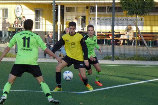 Gutes Spiel trotz klarer Niederlage: TuS A-Jugend gegen Tabellenführer Adler Union Frintrop. - Foto: mal.