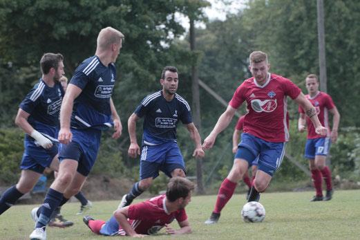 Oberligist TSV Lägerdorf gewann beim Verbandsligisten SG Geest 05 mit 4:1