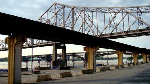 Brücken über den Mississippi-River bei St. Louis