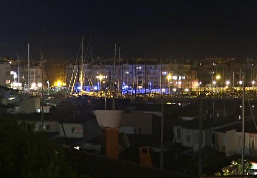 14. September 2021 - Es ist Nacht geworden im Hafen
