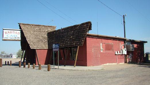 "Newberry Springs: Das BAGDAD CAFE - Eng verbunden mit dem Film: ""Out of Rosenheim"""