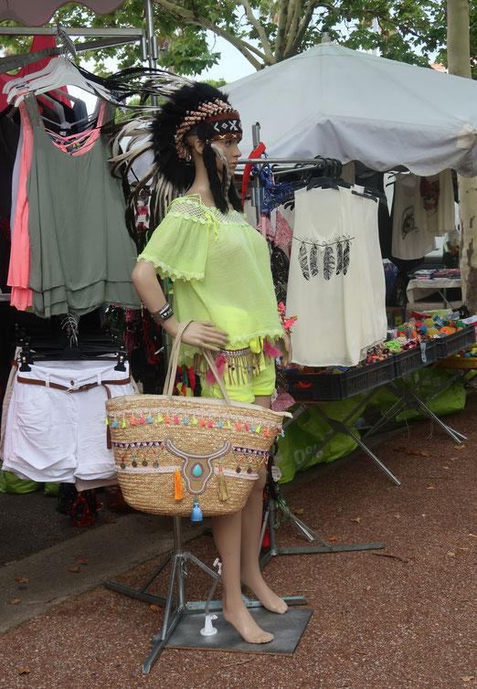 09. Juli 2017 - Nscho tschi (Winnetous Schwester) auf Einkaufstour