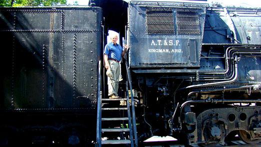 Kingman (Arizona) - Der Lokführer! - Ein langer und erreignisreicher Tag steht uns bevor.