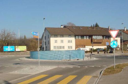"""Der """"Schwimmbadkreisel"""" im Originalzustand.  (Foto: Bau- und Werke, Fehraltdorf)"""