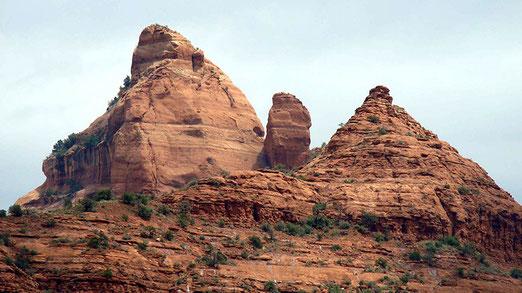 Die Berge rund um Sedona sollen spirituelle Kraft aufweisen. Der Berg links nennt sich Matterhorn!