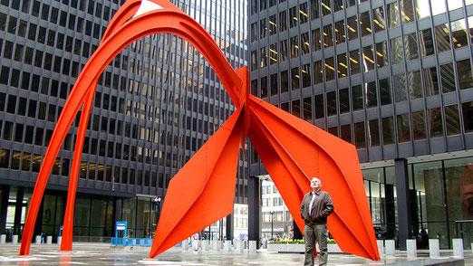 Chicago: Seit 1974 steht Alexander Calders riesiger Roter Flamingo auf der Federal Plaza