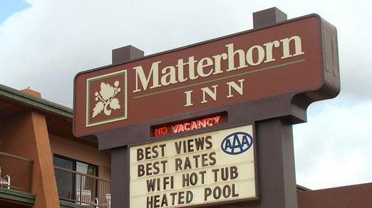 """Entsprechend heisst das Hotel mit der """"Best views"""" Matterhorn Inn."""